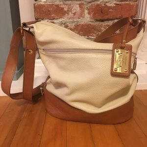Valentina Italia Leather Bucket Bag Purse